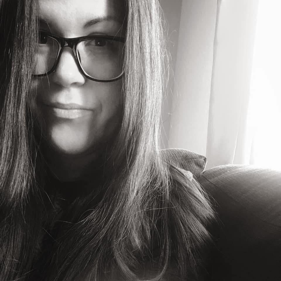 Amélie Cousineau-Bourgeois Amélie C.-Bourgeois Adjointe virtuelle virtual assistant