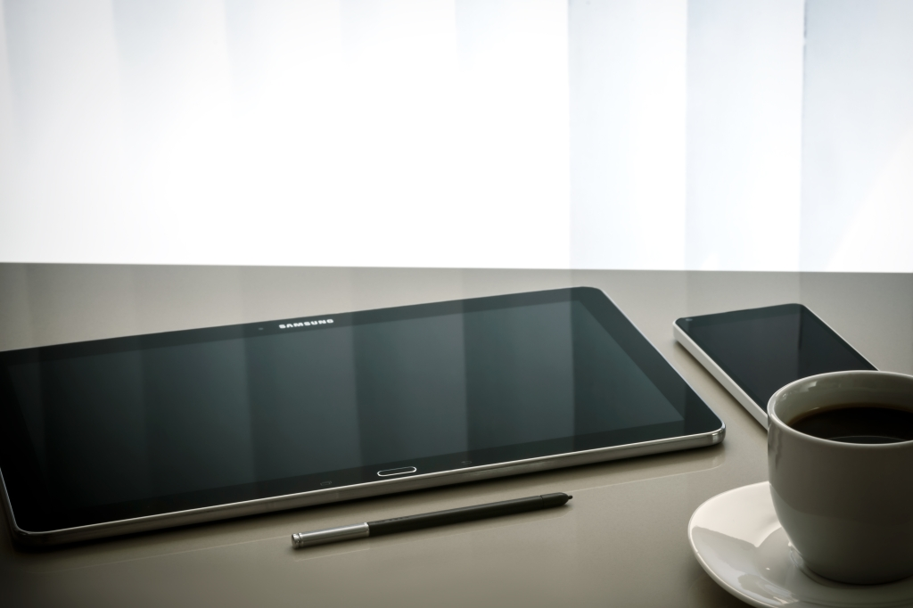 virtual assistant coffee tablette